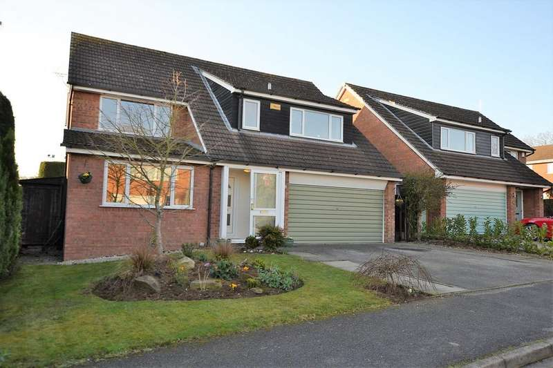 4 Bedrooms Detached House for sale in Selkirk Drive, Holmes Chapel