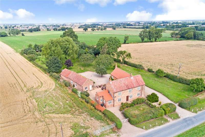4 Bedrooms Detached House for sale in Carrfield Lane, Upper Dunsforth, York