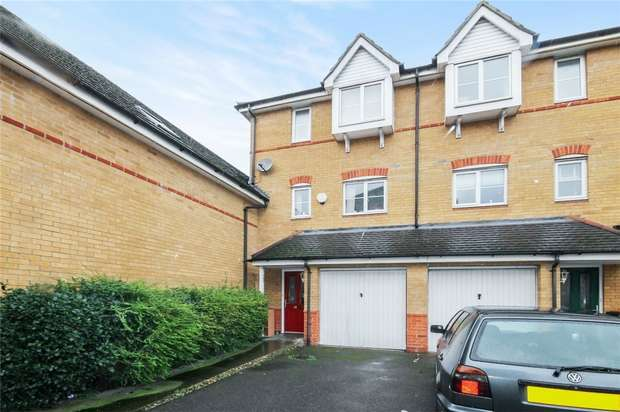 3 Bedrooms Town House for sale in The Sidings, Bedford