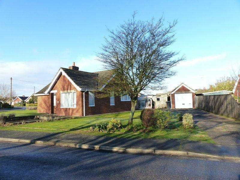 3 Bedrooms Bungalow for sale in 51 The Crescent, Bracebridge Heath