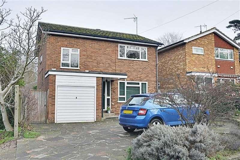 4 Bedrooms Detached House for sale in London Road, Hertford, SG13