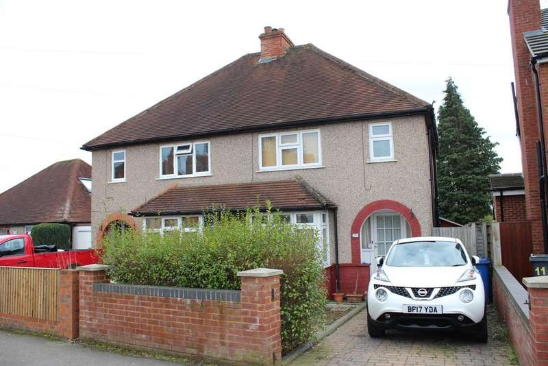 3 Bedrooms Semi Detached House for rent in Alwyn Road Maidenhead Berkshire