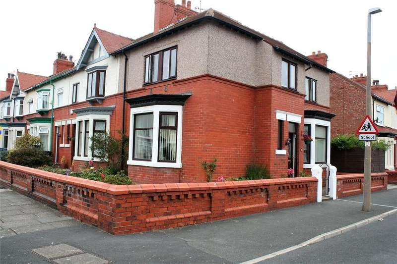 4 Bedrooms Semi Detached House for sale in Tennyson Road, Fleetwood, FY7