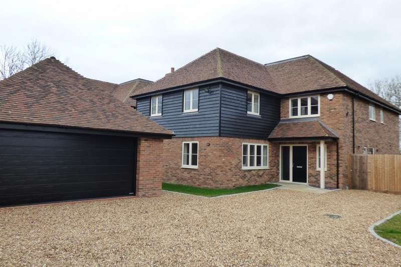 5 Bedrooms Detached House for sale in Plot 2 Sycamore Close, Colmworth, Beds, MK44 2LY