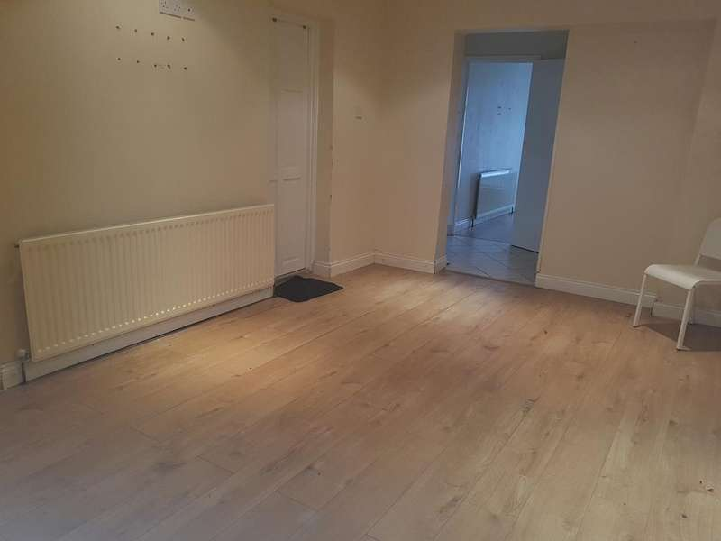 8 Bedrooms End Of Terrace House for rent in St. Albans Road, Ilford, Essex, IG3 (DSS Considered)