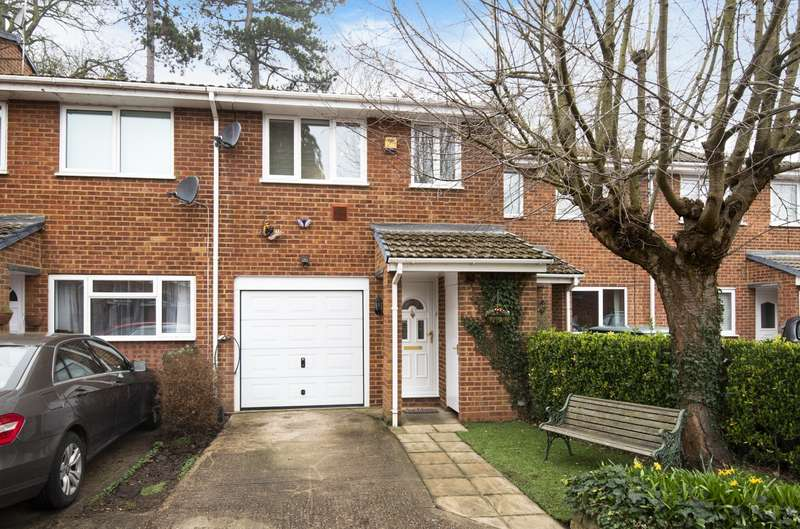 3 Bedrooms Terraced House for sale in Dawn Redwood Close, Horton, SL3