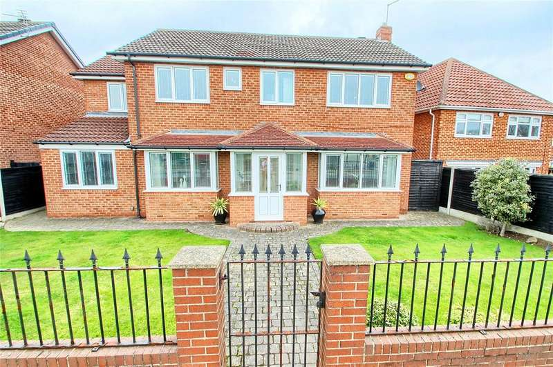 5 Bedrooms Detached House for sale in Chingford Grove, Elm Tree