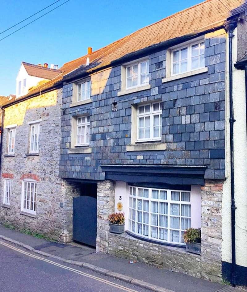 Properties For Sale In Buckfastleigh, Buckfastleigh Devon