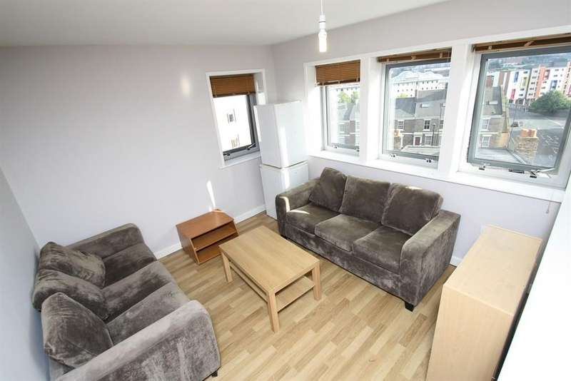 6 Bedrooms Apartment Flat for rent in The Sqaure, Falconar Street