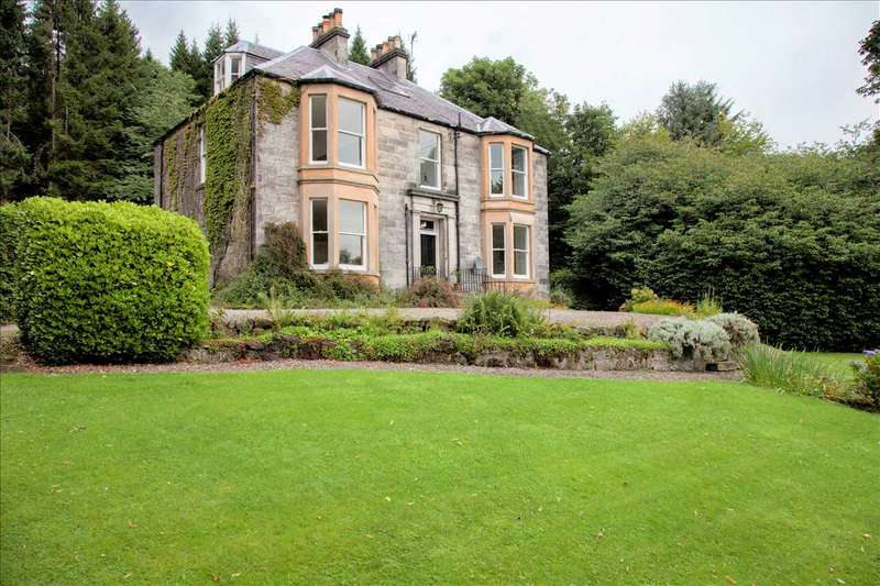 7 Bedrooms Detached House for sale in Strathdevon House, Dollar