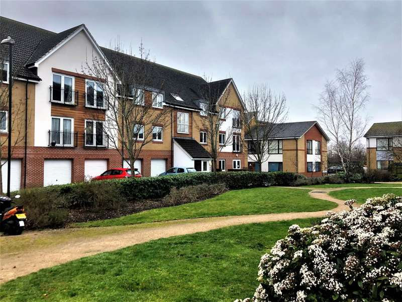 2 Bedrooms Flat for sale in Hollybrook Park, Kingswood, Bristol