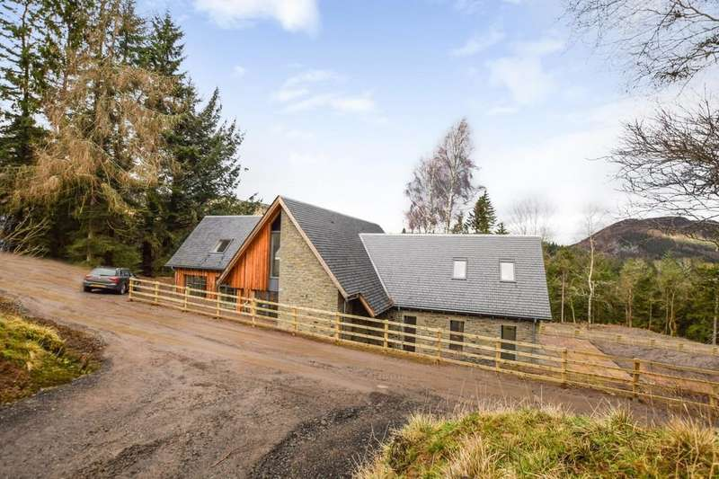 5 Bedrooms Detached House for sale in Trochry, Dunkeld