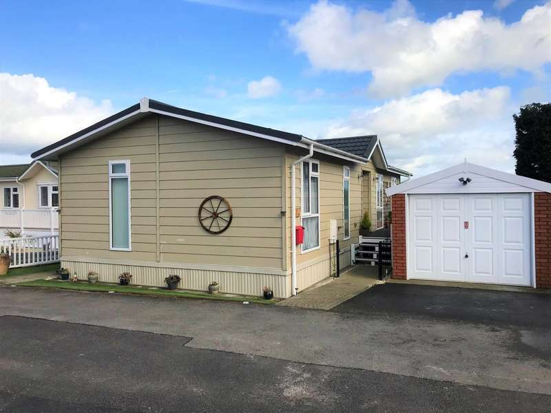 2 Bedrooms Mobile Home for sale in Willow Lane, Summer Lane Park Homes, Banwell