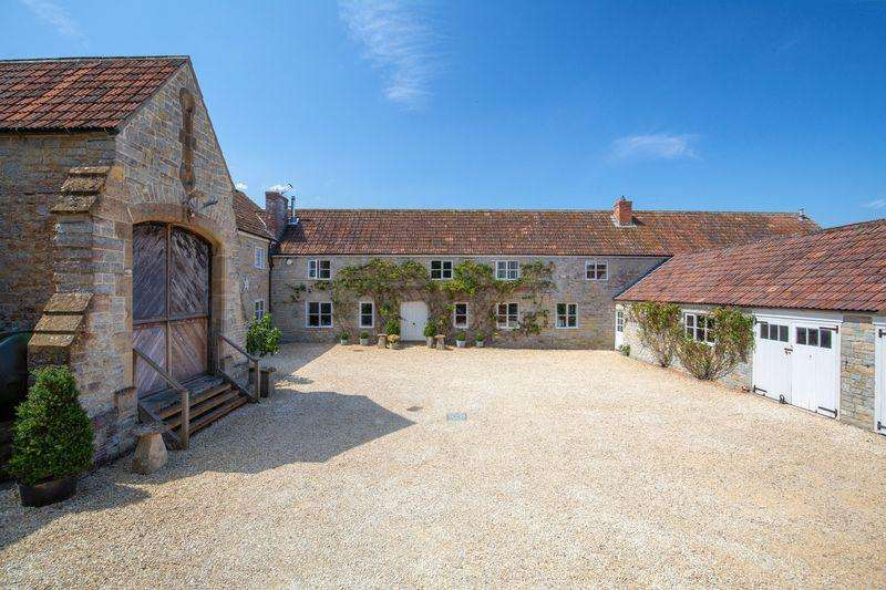 6 Bedrooms Detached House for sale in Stunning family home with annexe