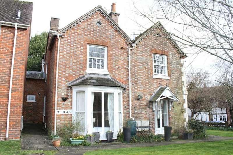 1 Bedroom Ground Flat for sale in Oxford Street, Eddington, Hungerford