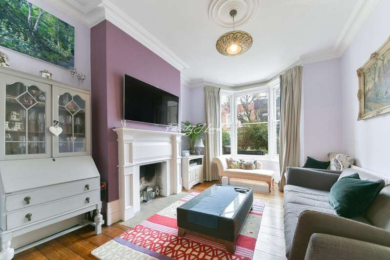 4 Bedrooms Terraced House for sale in Aden Grove, Stoke Newington, N16