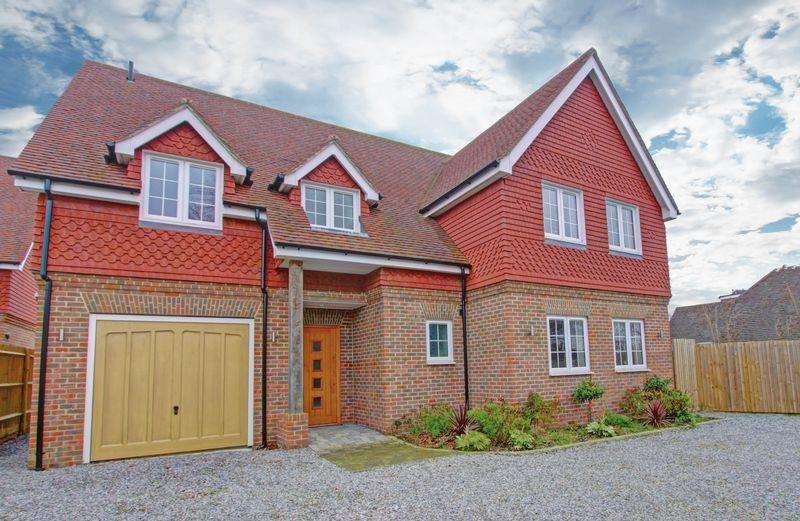 5 Bedrooms Detached House for sale in Dream home, with a Cherry on top...
