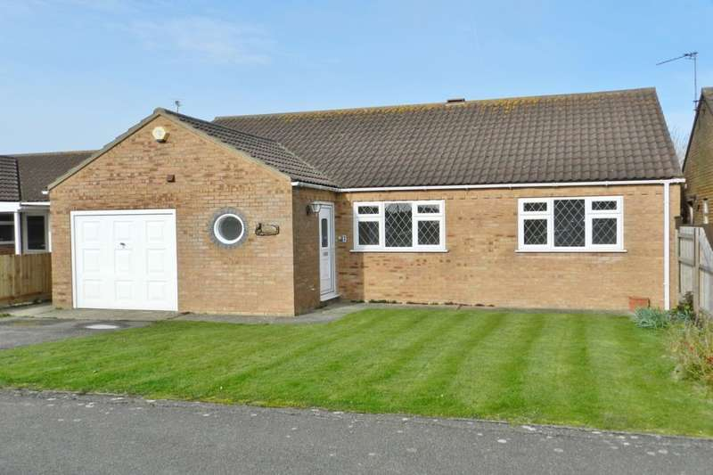3 Bedrooms Detached Bungalow for sale in Dorset Court Chanctonbury Way, Sutton-On-Sea, LN12
