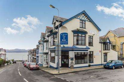 1 Bedroom House for sale in Tir A Mor Restaurant, Mona Terrace, Criccieth, Gwynedd, LL52