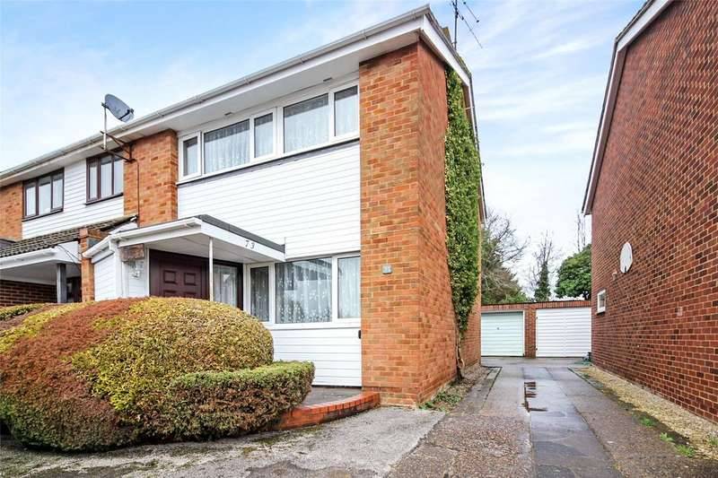 3 Bedrooms Semi Detached House for sale in Austin Road, Woodley, Reading, Berkshire, RG5