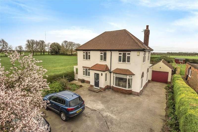 4 Bedrooms Detached House for sale in London Road, Bracebridge Heath, LN4