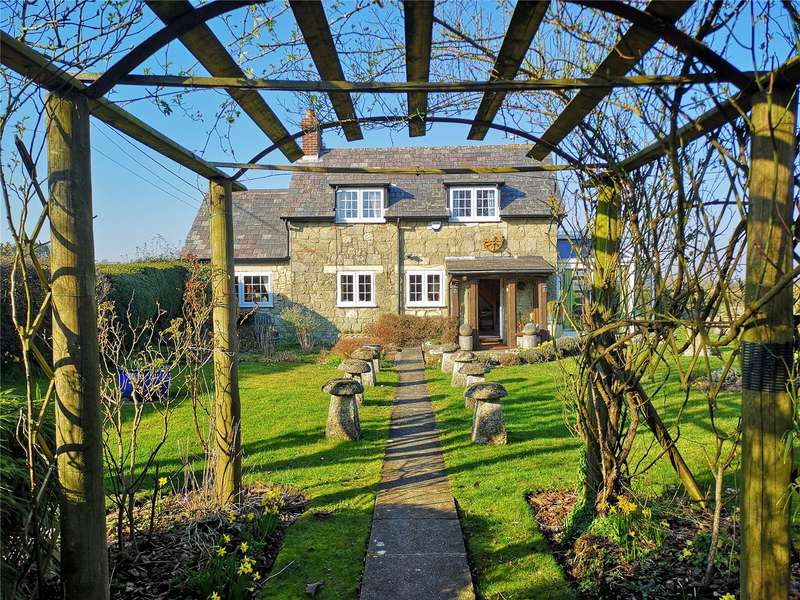 2 Bedrooms Detached House for sale in Manor Farm Cottage, Charlton, Shaftesbury, Dorset, SP7