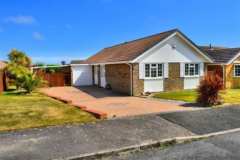 3 Bedrooms Detached Bungalow for sale in Lucinda Way, Seaford, East Sussex