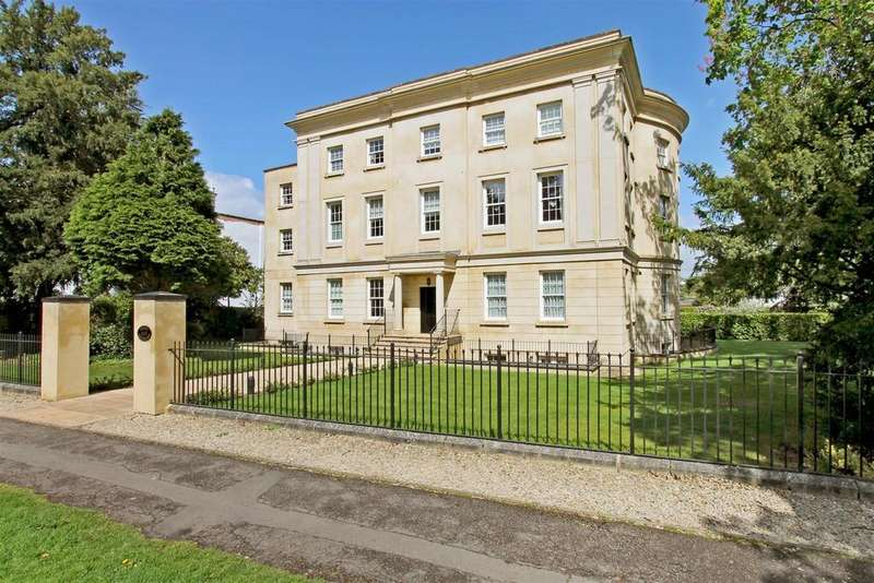 2 Bedrooms Apartment Flat for sale in The Park, Cheltenham