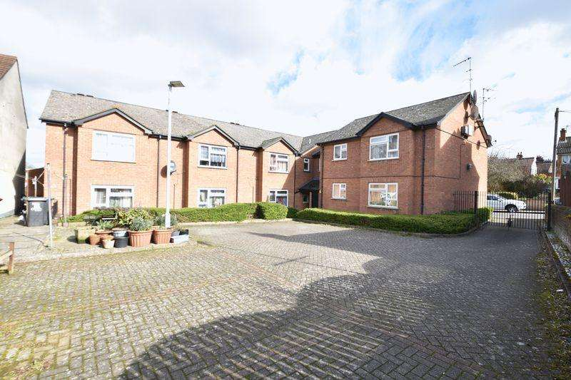 1 Bedroom Apartment Flat for sale in Ivy Court, Dallow Road, Luton