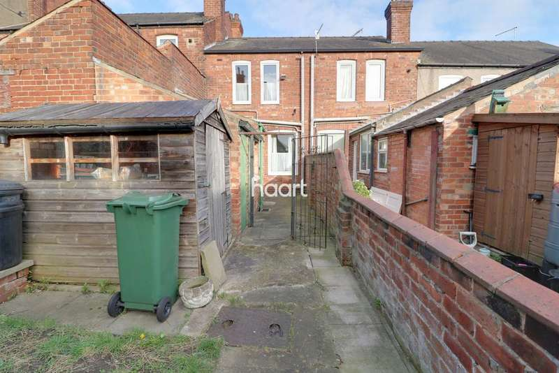 2 Bedrooms Terraced House for sale in Kent Street, Lincoln