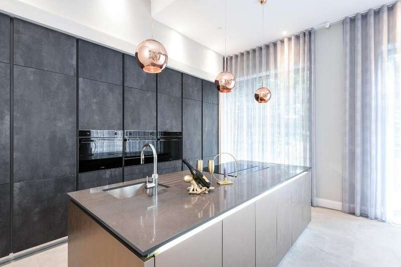 4 Bedrooms Detached House for sale in VIZION, Withdean Road, Brighton, East Sussex, BN1
