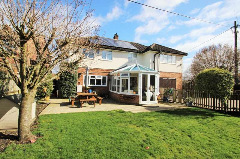 5 Bedrooms Detached House for sale in Riseley, Berkshire, RG7