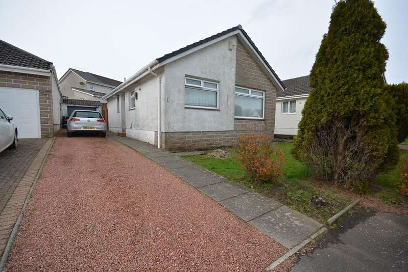 3 Bedrooms Detached Bungalow for sale in Barclay Place, Stewarton, KA3