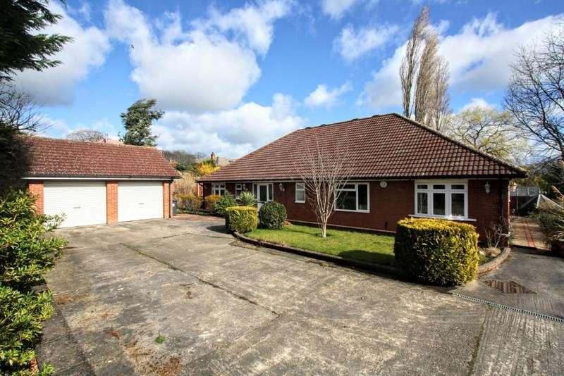 3 Bedrooms Detached Bungalow for sale in Jesmond Road, Darlington