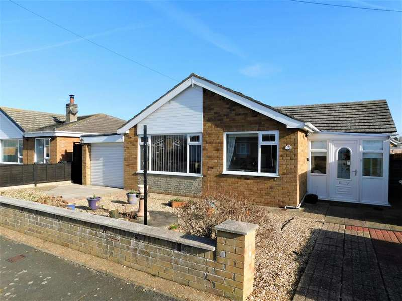 3 Bedrooms Detached Bungalow for sale in The Meadows, Trusthorpe, Mablethorpe, LN12 2QP