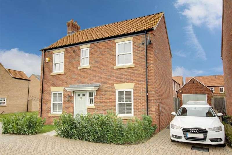 3 Bedrooms Detached House for sale in Hazel Walk, Alford