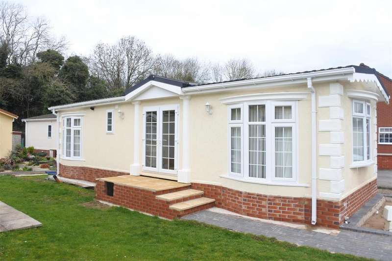 2 Bedrooms Park Home Mobile Home for sale in Park Avenue, Melton Mowbray