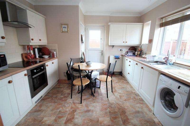 3 Bedrooms Terraced House for sale in Barnard Road, Billingham