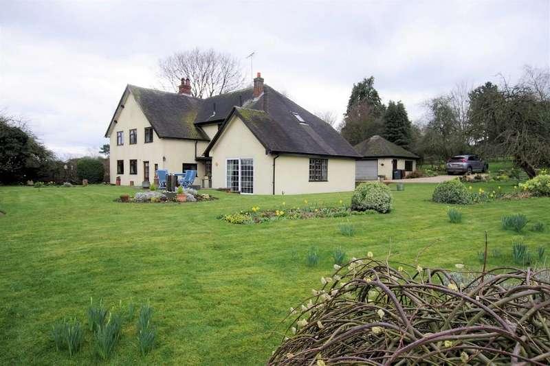 5 Bedrooms Detached House for sale in Potts Lane, Kingstone