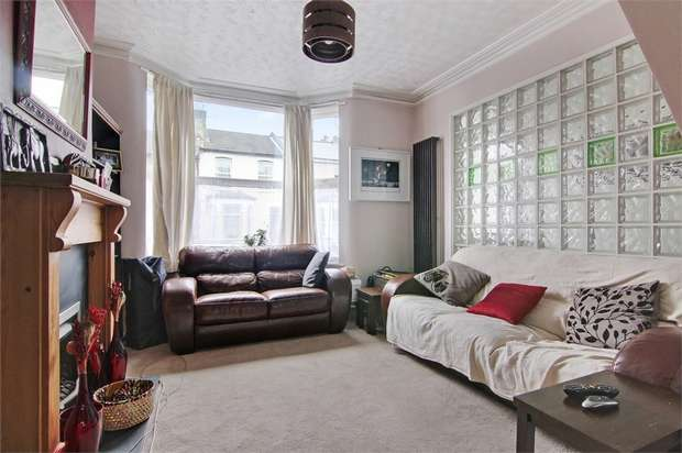 3 Bedrooms Terraced House for sale in Luton Road, Walthamstow, London