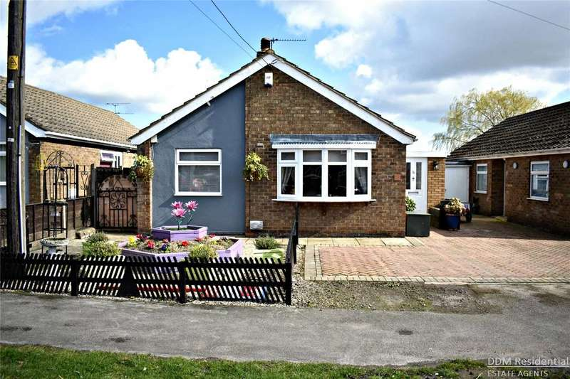 3 Bedrooms Detached Bungalow for sale in Kings Road, Barnetby, North Lincolnshire, DN38