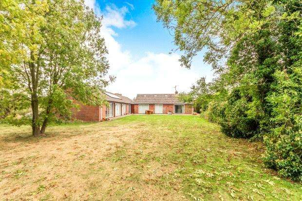 5 Bedrooms Detached Bungalow for sale in Northorpe Road, Donington, Spalding, Lincolnshire, PE11