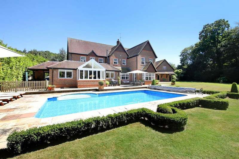 5 Bedrooms Detached House for sale in Pot Kiln Lane, Goring Heath, Reading