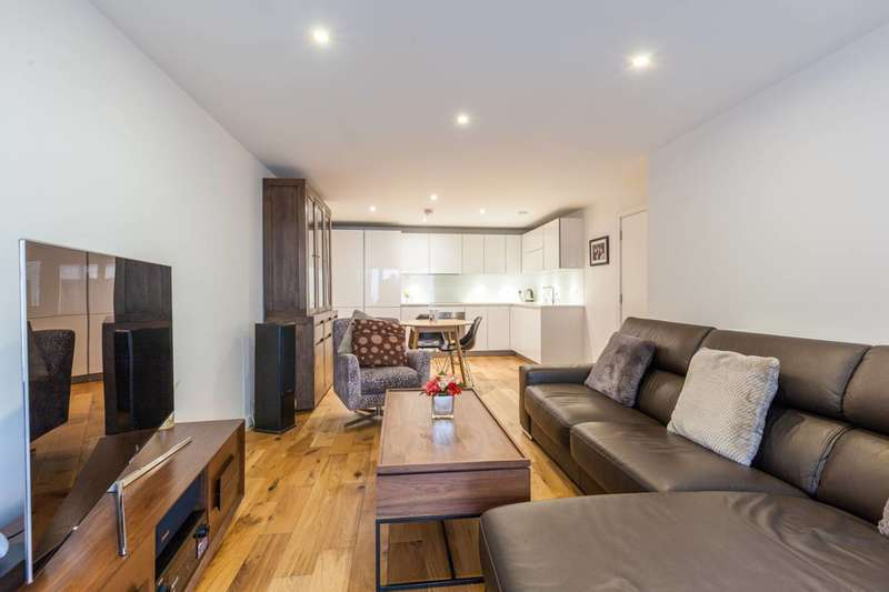 2 Bedrooms Flat for sale in Bramah Road, Brixton, SW9