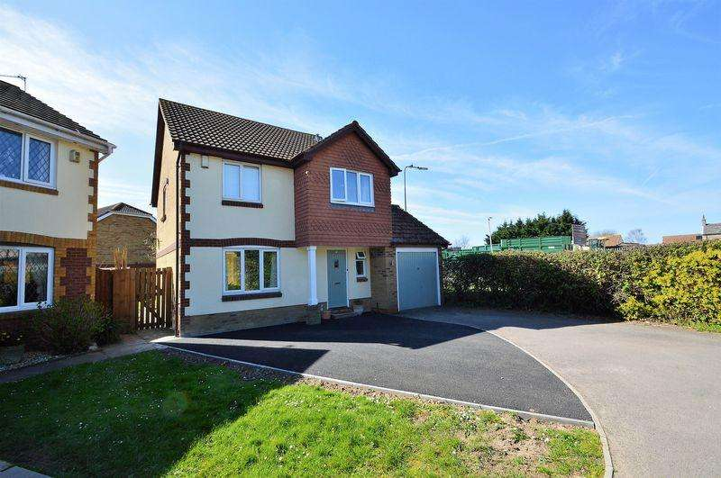 4 Bedrooms Detached House for sale in Quality detached house on the fringe of Yatton