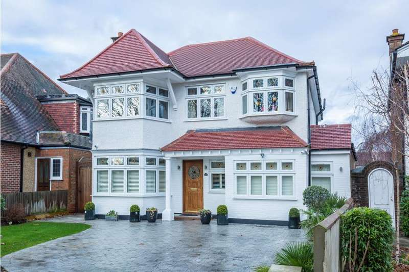 5 Bedrooms Detached House for sale in Northwick Circle, Kenton HA3 0EJ