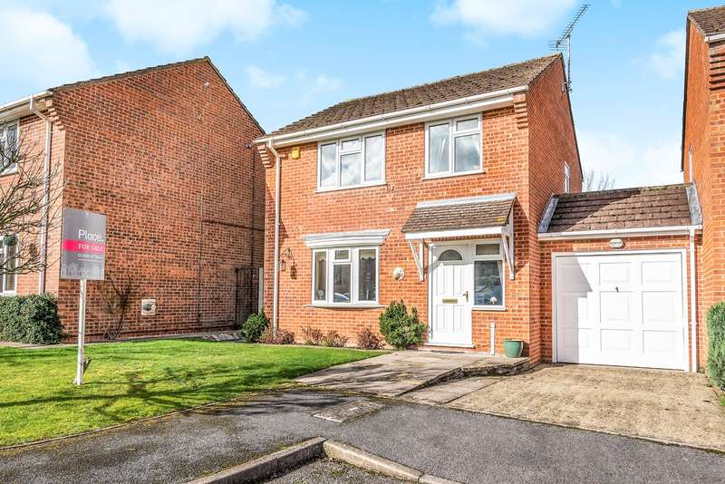 3 Bedrooms Link Detached House for sale in Wood Pond Close, Seer Green, Beaconsfield, HP9