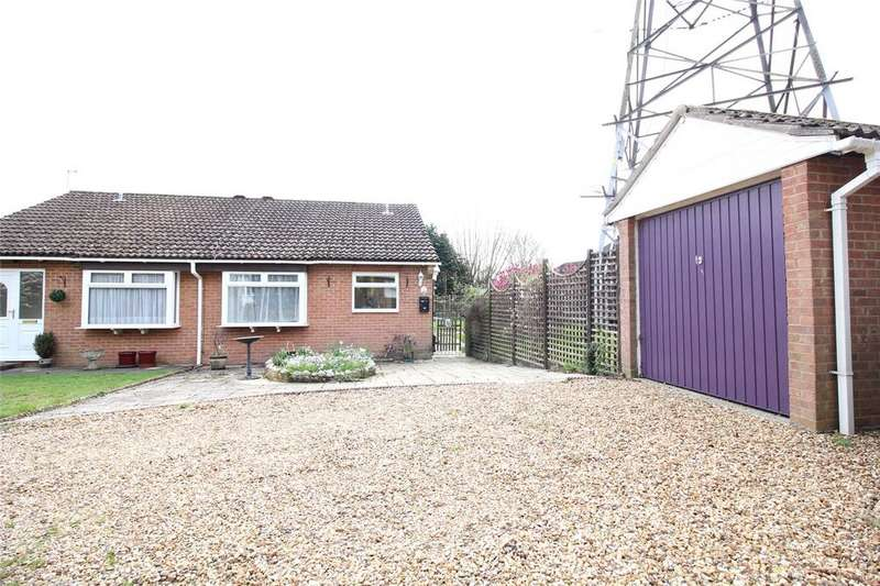 2 Bedrooms Bungalow for sale in Gipsy Lane, Earley, Reading, Berkshire, RG6