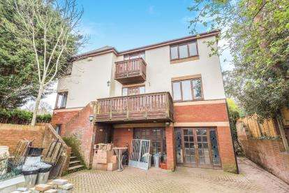 4 Bedrooms Detached House for sale in Eastmead Lane, Bristol, Somerset, .