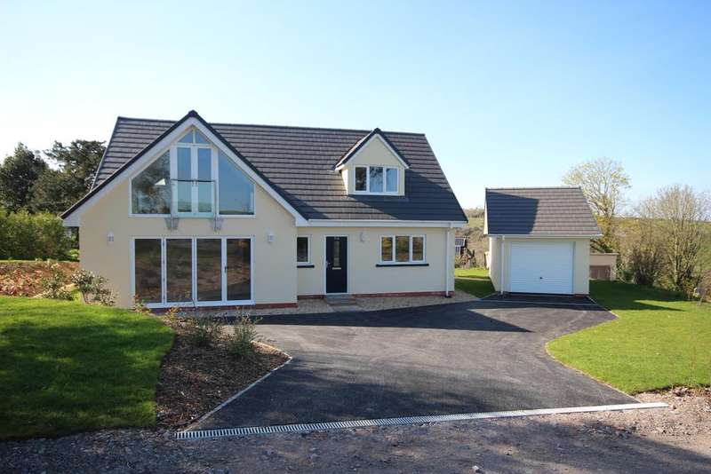 3 Bedrooms Detached Bungalow for sale in Brendon Road, Watchet TA23